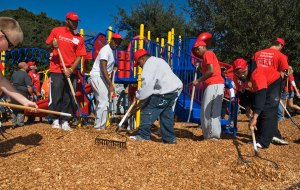 The Building of the new Jackson Heights Park Playground in one day